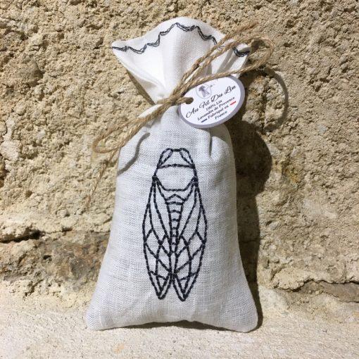 sachet de lavande lin blanc broderie cigale anthracite