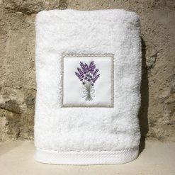 drap de douche 70x140 coton blanc broderie bouquet lavande lilas