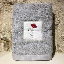 drap de douche 70x140 coton gris clair broderie coquelicot rouge