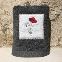 serviette 50x100 coton gris foncé broderie coquelicot rouge