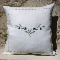 housse de coussin lin blanc broderie olive vert