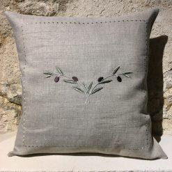 housse de coussin lin naturel broderie olive vert