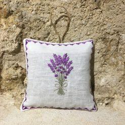 sachet de lavande coussinet lin blanc broderie bouquet lavande lilas