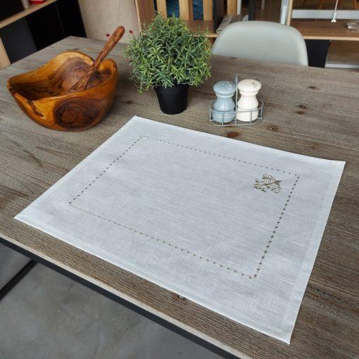 set de table lin enduit blanc broderie monogramme